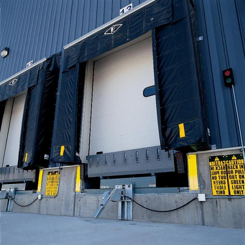 Eliminator Gapmaster sealing the edges of a loading dock