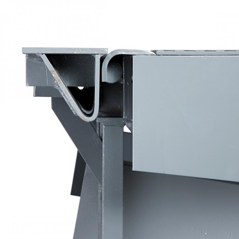 Side view of RHH Hydraulic Dock Leveler's smooth transition